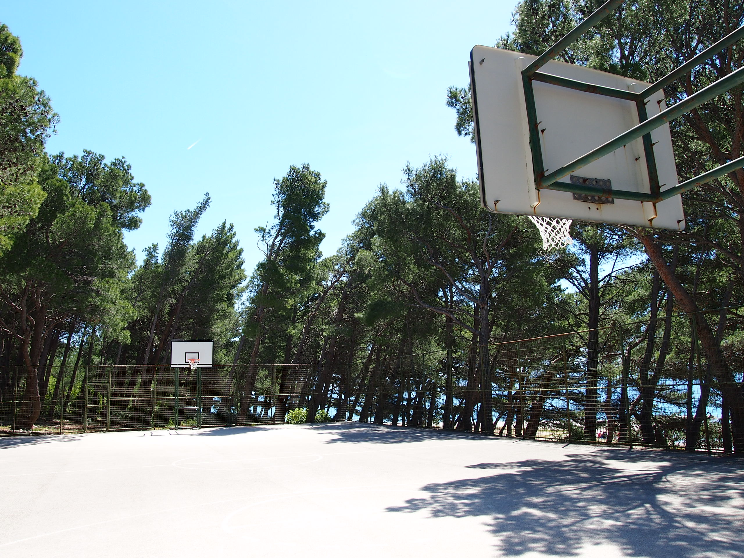 basketball court baško polje